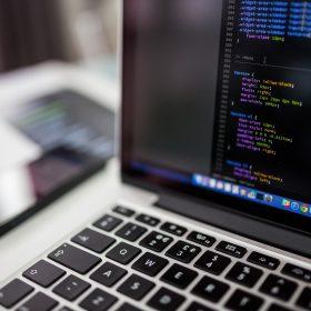 marche-emploi-cadre-informatique